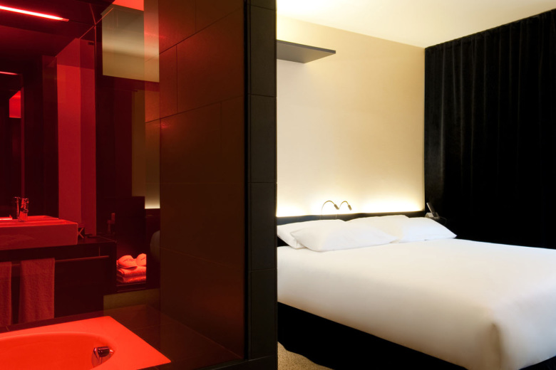 axel hotel berlin rooms accommodation in berlin. Black Bedroom Furniture Sets. Home Design Ideas
