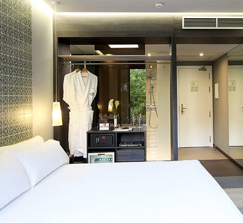 Chambres two hotel barcelone logement gay barcelone for Chambre hote barcelone